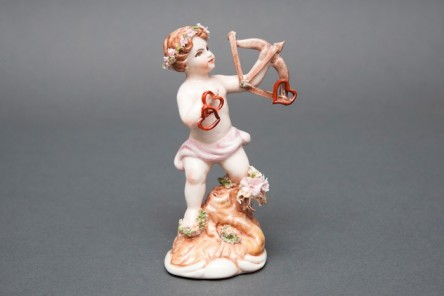 Cupido figurine