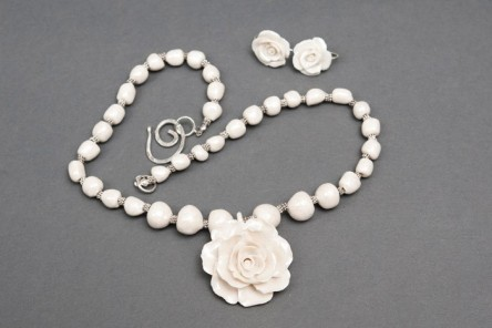 Gallic Rose Necklace