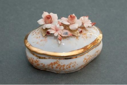 Gold Oval Jewel Box