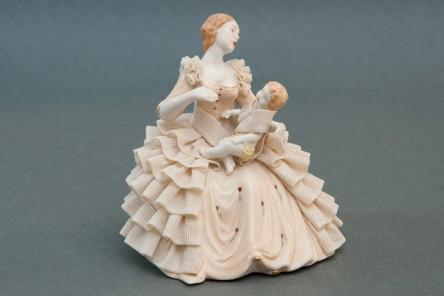 Maternity Figurine